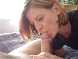 delicious mommy loves lick job and schlong riding