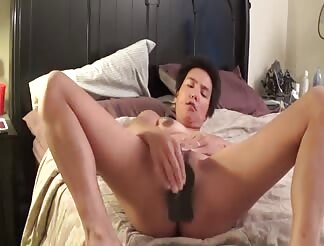 Asian amateur mature woman masturbating till she cums