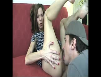 Nasty hairy mommy creampie