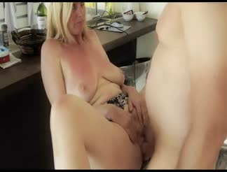 Creampie for a mature lady