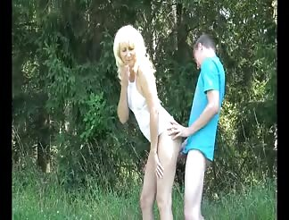 Dirty mature creampied by young dude outdoors