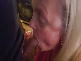 Mature begged for all the cum