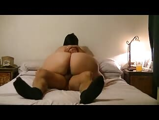 Argentinian wife with mega ass riding cock