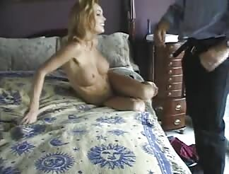 Stacked blondie likes sex at home