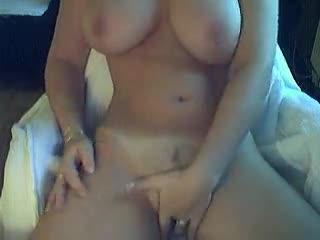 porno-foto-eblya-ochen-volosatih-mamok