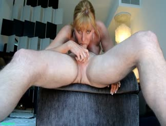 Crazy wife with a perfect deepthroat blowjob