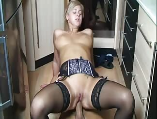 Super hot girl fucked anal