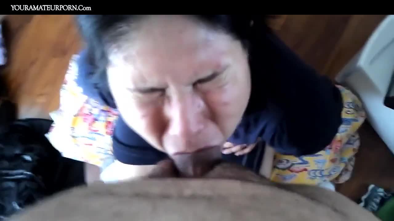Milf Swallowing Black Cum