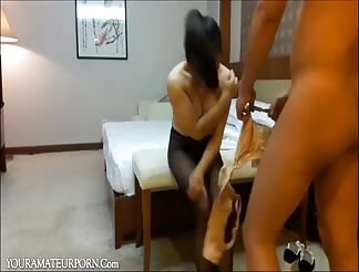 Asian hooker gets fucked in a hotel