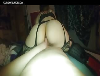 Polish pawg ass doing a reverse cowgirl