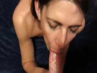 Skinny milf doing a sensual blowjob eating cum