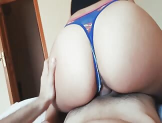 Latin girl with a fine ass blowing and fucking