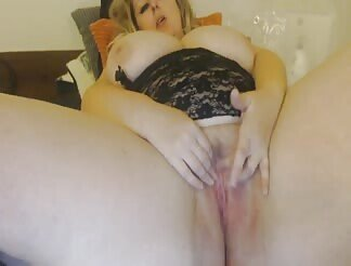 Fat MILF Plays With Her Pussy On A Webcam