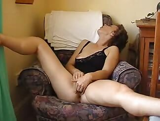 sleazy older masturbates twat
