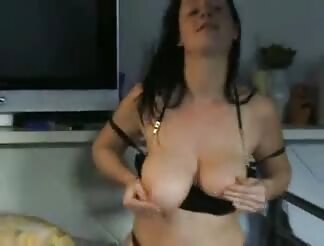 cutie brown haired Fingering