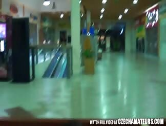 AMATEUR Exhibitionist pair screw in Shopping Mall